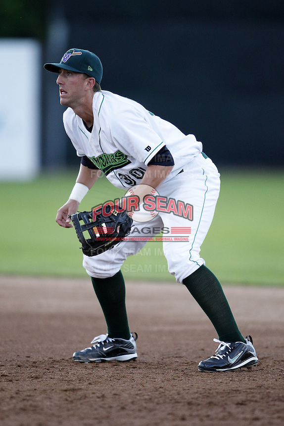 June 23, 2009:  First Baseman Richard Orton of the Jamestown Jammers in the field during a game at Russell Diethrick Park in Jamestown, NY.  The Jammers are the NY-Penn League Short-Season Class-A affiliate of the Florida Marlins.  Photo by:  Mike Janes/Four Seam Images