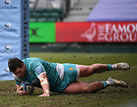 20th March 2021; Recreation Ground, Bath, Somerset, England; English Premiership Rugby, Bath versus Worcester Warriors; Ethan Waller of Worcester Warriors scores a try