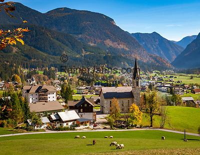 Austria, Upper Austria, Salzkammergut, Gosau: below Dachstein mountains | Oesterreich, Oberoesterreich, Salzkammergut, Gosau: am Fusse des Dachsteingebirges