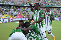 MEDELLIN-COLOMBIA- 30-10-2016. Cristian Dajome jugador del  Atlético Nacional celebra su gol contra   Patriotas FC  durante encuentro  por la fecha 18 de la Liga Aguila II 2016 disputado en el estadio Atanasio Girardot./  Cristian Dajome player of Atletico Nacional celebrates his goal against of Patriotas FC  during match for the date 18 of the Aguila League II 2016 played at Atanasio Girardot stadium . Photo:VizzorImage / León Monsalve / Contribuidor