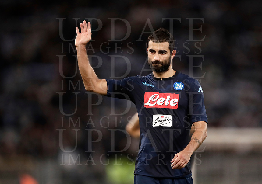 Calcio, Serie A: Roma, stadio Olimpico, 20 settembre 2017.<br /> Napoli's Raul Albiol celebrates after winning 3-1 the Italian Serie A football match between Lazio and Napoli at Rome's Olympic stadium, September 20, 2017.<br /> UPDATE IMAGES PRESS/Isabella Bonotto