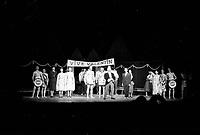 La pice Les oiseaux de lune ˆ la ComŽdie canadienne, 7 mai 1958