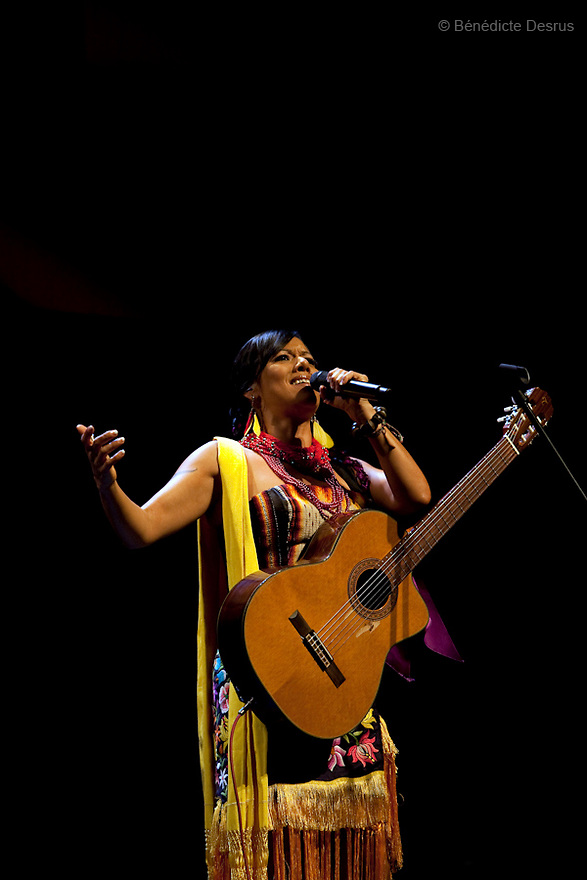 April 21, 2009 - Teatro de la Ciudad , Mexico City, Mexico - Lila Downs