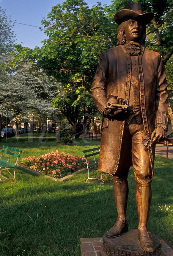 AJ4261, William Penn, New Castle, Quaker, Delaware, A statue of William Penn on Market Square in New Castle in the state of Delaware.
