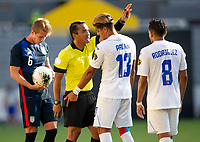 GUADALAJARA, MEXICO - MARCH 28: Jackson Yueill #6 of the United States defending his position in the box versus Luis Palma #13 of Honduras during a game between Honduras and USMNT U-23 at Estadio Jalisco on March 28, 2021 in Guadalajara, Mexico.