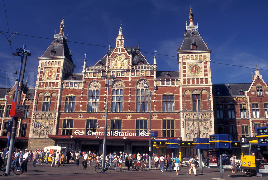Centraal Station, Amsterdam, Holland, Netherlands, Noord-Holland, Europe, Central Station (CS) in the city of Amsterdam.