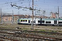 - Milano, scalo ferroviario della Stazione Centrale, treno regionale Trenord<br /> <br /> - Milan, Central Station railway station,  Trenord regional train