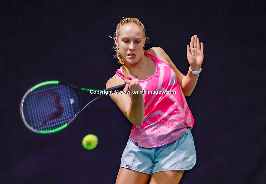 Hilversum, Netherlands, December 3, 2017, Winter Youth Circuit Masters, 12,14,and 16 years, Girls 16 years Melissa Boyden (NED)<br /> Photo: Tennisimages/Henk Koster