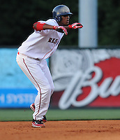 May 30, 2009: Infielder Michael Almanzar (10) of the Greenville Drive, No. 9 prospect of the Boston Red Sox, in a game against the Charleston RiverDogs at Fluor Field at the West End in Greenville, S.C. Photo by: Tom Priddy/Four Seam Images