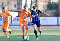 Chloe Vande Velde (10 Gent) pictured in a fight for the ball with Debbie Decoene (21 Brugge) during a female soccer game between Club Brugge Dames YLA and AA Gent Ladies on the sixth matchday of the 2020 - 2021 season of Belgian Scooore Womens Super League , saturday 7 th November 2020  in Knokke , Belgium . PHOTO SPORTPIX.BE | SPP | DAVID CATRY