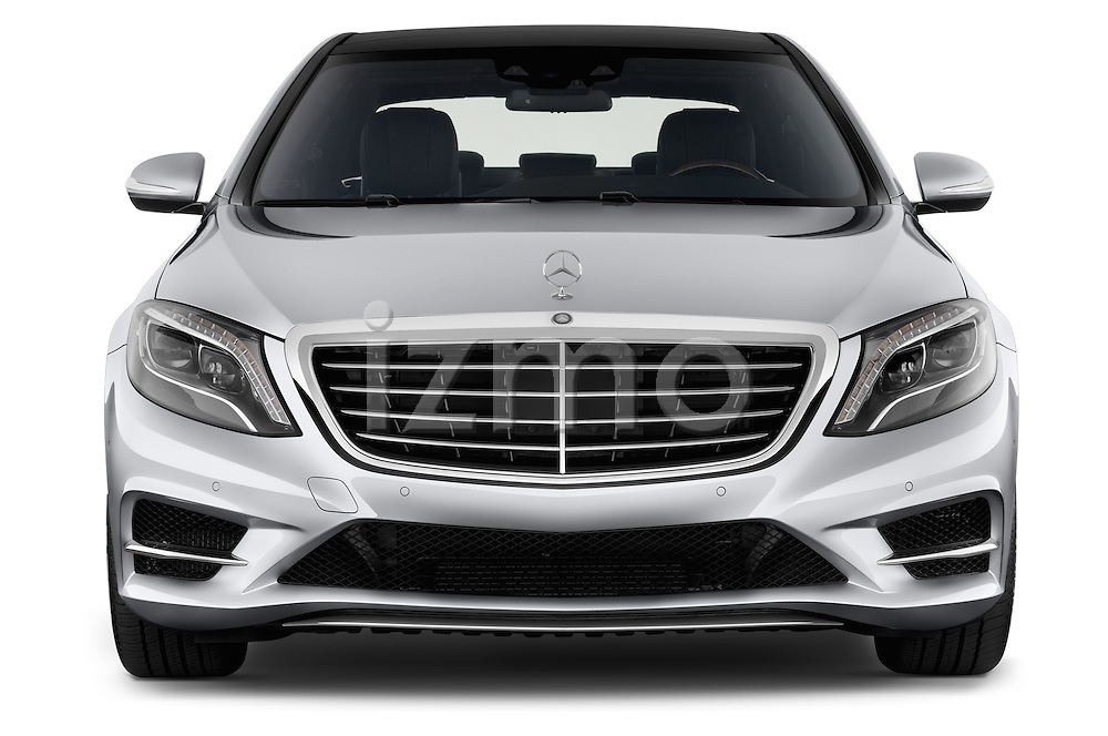Car photography straight front view of a 2017 Mercedes Benz S-Class S550 4 Door Sedan Front View