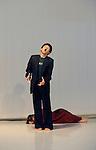 The island of no memories....Choregraphie : Kaori Ito..Lumières Christophe Grelié..Montage sonore et sélection musicale Guillaume Perret, Kaori Ito..Avec : Kaori Ito, Mirka proke?ová, Kota Yamazaki..Lieu : Micadanse..Ville : Paris..Le 19/08/2010..© Laurent Paillier / photosdedanse.com..All rights reserved