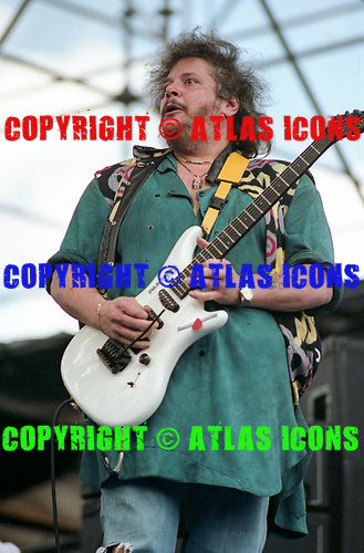 LESLIE WEST, LIVE, 1986<br /> Photo Credit: CHRIS DEUTSCH/ATLASICONS.COM