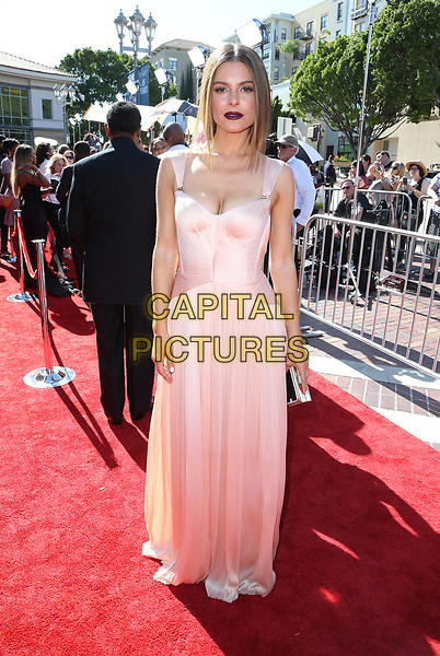 PASADENA, CA - April 30: Maria Menounos, At 44th Annual Daytime Emmy Awards Roaming At The Pasadena Civic Auditorium In California on April 30, 2017. <br /> CAP/MPI/FS<br /> ©FS/MPI/Capital Pictures