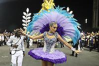 SÃO PAULO, SP, 15.02.2015  CARNAVAL 2015  SÃO PAULO  GRUPO ESPECIAL / VAI VAI  Ana Hickmann da escola de samba Vai Vai durante concentração do grupo especial do Carnaval de São Paulo, na madrugada deste domingo, (15). (Foto: Marcos Moraes/ Brazil Photo Press).
