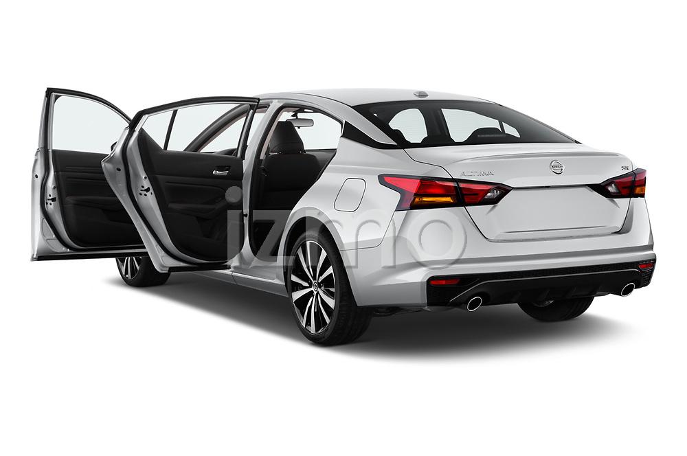 Car images of 2020 Nissan Altima SR-FWD 4 Door Sedan Doors