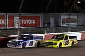 #16: Austin Hill, Hattori Racing Enterprises, Toyota Tundra United Rentals #88: Matt Crafton, ThorSport Racing, Ford F-150 Ideal Door/Menards