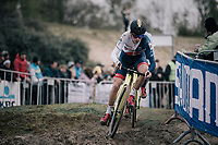 Tom Pidcock (GBR/U23/Telenet Fidea Lions) moving to the front<br /> <br /> U23 race<br /> <br /> UCI cyclocross World Cup Koksijde / Belgium 2017