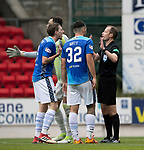 St Johnstone v Aberdeen…15.09.18…   McDiarmid Park     SPFL<br />Referee Willie Collum tries to calm Blair Alston and Tony Watt<br />Picture by Graeme Hart. <br />Copyright Perthshire Picture Agency<br />Tel: 01738 623350  Mobile: 07990 594431