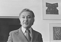 l'auteur Martin Grey, <br /> Novembre 1972<br /> (date exacte inconnue)<br /> <br /> <br /> PHOTO : Agence Quebec Presse  - Alain Renaud