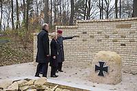 2014/11/14 Einweihung Bundeswehr Ehrenhain - epd