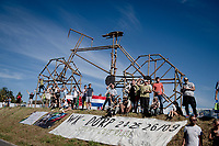 creatively cheering the  riders on...<br /> <br />  Women Elite - Road Race (WC)<br /> from Antwerp to Leuven (158km)<br /> <br /> UCI Road World Championships - Flanders Belgium 2021<br /> <br /> ©kramon
