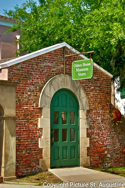 Oldest House Musuem Store in historic St. Augusitne, Florida