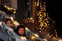 Amérique/Amérique du Nord/Canada/Quebec/Rivière-Eternité : Guillaume et Aurélie le soir de Noël [Autorisation : 200-201]