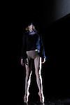 TRANSMUT 2 SOLI....Choregraphie : AGRAPART Marie Laure..Mise en scene : AGRAPART Marie Laure..Compagnie : Marie Laure Agrapart et cie..Lumiere : TUDOCE Vincent..Avec :..CANTIN Aurelie..FORLEO Roberto..Lieu : Centre National de la danse..Ville : Pantin..Le : 01 12 2010..© Laurent PAILLIER CDDS Enguerand
