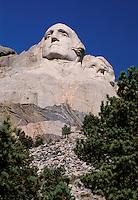 Mount Rushmore National Memorial, sculptures of U.S. Presidents George Washington and Thomas Jefferson by Gutzon Borglum.