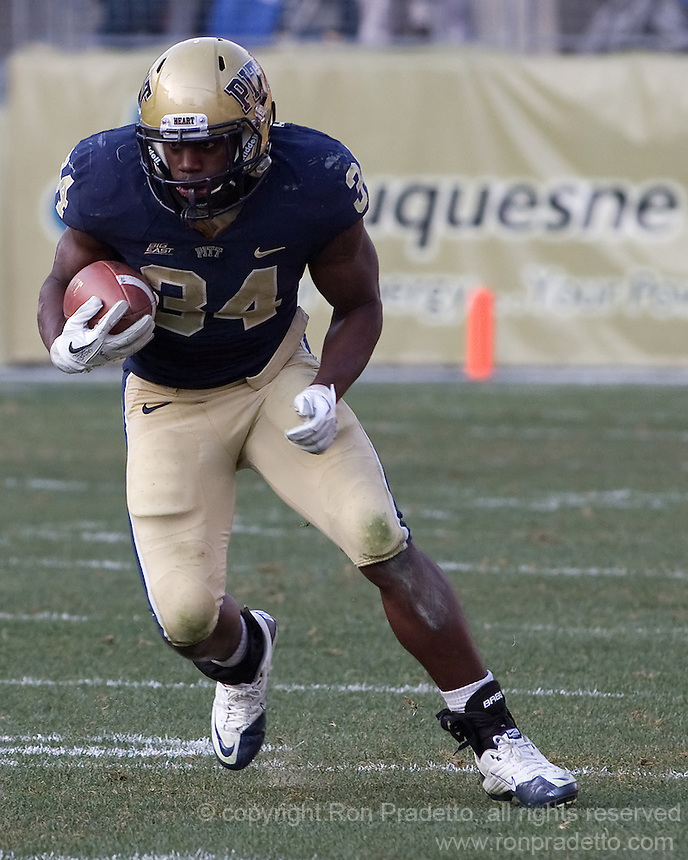Pitt running back Isaac Bennett (34). The Pittsburgh Panthers beat the Syracuse Orange 33-20 at Heinz Field in Pittsburgh, Pennsylvania on December 3, 2011