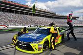 NASCAR Xfinity Series<br /> Rinnai 250<br /> Atlanta Motor Speedway, Hampton, GA USA<br /> Saturday 24 February 2018<br /> Brandon Jones, Joe Gibbs Racing, Menards Jeld-Wen Toyota Camry pits.<br /> World Copyright: Rusty Jarrett<br /> NKP / LAT Images