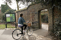 The Croom Hill entrance/exit to Greenwich Park, Greenwich, London, UK