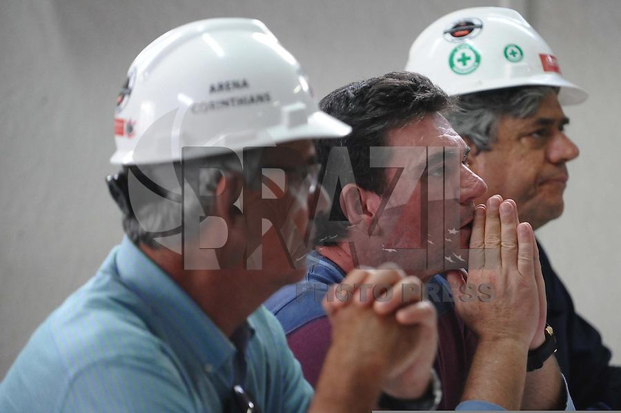 SAO PAULO, SP, 27.11.2013 -Andres Sanches em coletiva sobre a  queda de estrutura do estadio do Corinthians em Itaquera Zona Leste com 3 mortos.(Foto:Adriano Lima / Brazil Photo Press).