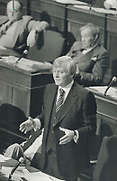 1980 FILE PHOTO - ARCHIVES -<br /> <br /> Bill Davis' government may be forced to come up with a mini-budget if the province loses $900 million in federal funds.<br /> Bezant, Graham<br /> Picture, 1980,<br /> <br /> 1980<br /> <br /> PHOTO : Graham Bezant - Toronto Star Archives - AQP