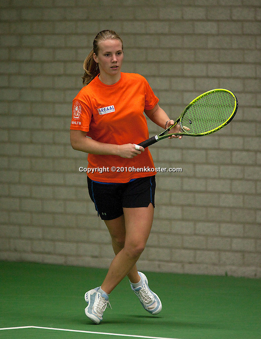 29-1-10, Almere, Tennis, Training Fedcup team, Richel Hogenkamp