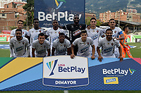 ENVIGADO - COLOMBIA, 31–03-2021: Jugadores de Patriotas Boyaca F. C. posan para una foto antes de partido entre Envigado F. C. y Patriotas Boyaca F. C. de la fecha 16 por la Liga BetPlay DIMAYOR I 2021 en el estadio Polideportivo Sur de la ciudad de Envigado. / Players of Patriotas Boyaca F. C. pose for a photo prior a match between Envigado F. C. and Patriotas Boyaca F. C. of the 16th date for the BetPlay DIMAYOR I 2021 League at the Polideportivo Sur stadium in Envigado city. Photo: VizzorImage / Luis Benavides / Cont.