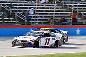 #11: Denny Hamlin, Joe Gibbs Racing, Toyota Camry FedEx Office, #48: Jimmie Johnson, Hendrick Motorsports, Chevrolet Camaro Ally Fueling Futures