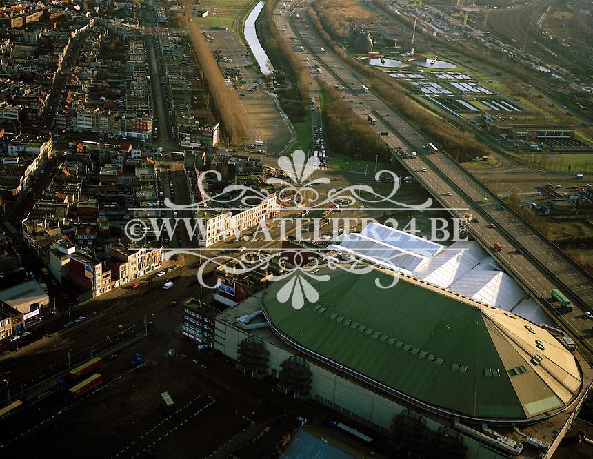 Januari 1996. Sportpaleis in Antwerpen naast de Ring.