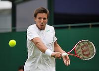 27-06-13, England, London,  AELTC, Wimbledon, Tennis, Wimbledon 2013, Day four, Igor Sijsling (NED)<br /> <br /> <br /> <br /> Photo: Henk Koster