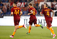 Calcio, Serie A: Roma vs Juventus. Roma, stadio Olimpico, 14 maggio 2017. <br /> Roma's Daniele De Rossi, center, celebrates with his teammates Kostas Manolas, left, and Radja Nainggolan after scoring during the Italian Serie A football match between Roma and Juventus at Rome's Olympic stadium, 14 May 2017. Roma won 3-1.<br /> UPDATE IMAGES PRESS/Riccardo De Luca