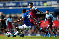 Sebastien Haller of West Ham United and Yerry Mina of Everton during the Premier League match between Everton and West Ham United at Goodison Park on October 19th 2019 in Liverpool, England. (Photo by Daniel Chesterton/phcimages.com)<br /> Foto PHC/Insidefoto <br /> ITALY ONLY