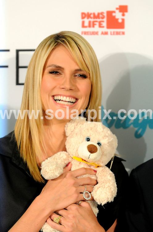 **ALL ROUND PICTURES FROM SOLARPIX.COM**.**SYNDICATION RIGHTS FOR UK AND SPAIN ONLY**.The top model Heidi Klum at a press conference for DKMS life in Koeln Germany..JOB REF:6555-CPR/Henning Kaiser                DATE:03_06_08.**MUST CREDIT SOLARPIX.COM OR DOUBLE FEE WILL BE CHARGED* *UNDER NO CIRCUMSTANCES IS THIS IMAGE TO BE REPRODUCED FOR ANY ONLINE EDITION WITHOUT PRIOR PERMISSION*
