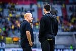 09.08.2019, Merkur Spiel-Arena, Düsseldorf, GER, DFB Pokal, 1. Hauptrunde, KFC Uerdingen vs Borussia Dortmund , DFB REGULATIONS PROHIBIT ANY USE OF PHOTOGRAPHS AS IMAGE SEQUENCES AND/OR QUASI-VIDEO<br /> <br /> im Bild | picture shows:<br /> Heiko Vogel (Trainer KFC Uerdingen) im Gesrpaech mit Mats Hummels (Borussia Dortmund #15) vor dem Spiel, <br /> <br /> Foto © nordphoto / Rauch
