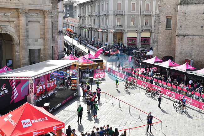 Cofidis at sign on before the start of Stage 10 of the 103rd edition of the Giro d'Italia 2020 running 177km from Lanciano to Tortoreto, Italy. 13th October 2020.  <br /> Picture: LaPresse/Massimo Paolone | Cyclefile<br /> <br /> All photos usage must carry mandatory copyright credit (© Cyclefile | LaPresse/Massimo Paolone)