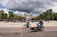 Nederland Amsterdam 2019 . Het Museumplein. Op de achtergrond het Rijksmuseum. Foto Berlinda van Dam / Hollande Hoogte