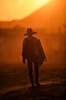 A man with a sun hat walks at sunset in Kino Bay, Sonora, Mexico.<br /> (Photo: Luis Gutierrez / NortePhoto.com).<br /> <br /> Un hombre con sombrero para el sol camina al ataredecer en la bahia Kino, Sonora, Mexico.<br /> (Photo: Luis Gutierrez / NortePhoto.com).