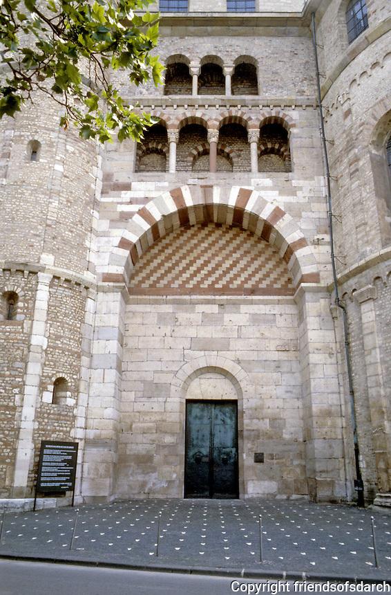 Trier: Romanesque detail of Dom. Photo '94.