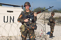 """- Hungarian soldiers control a checkpoint during a NATO """"peacekeeping"""" military exercise in Friuli ....- militari ungheresi presidiano un checkpoint durante esercitazione NATO di """"peacekeeping"""" in Friuli"""