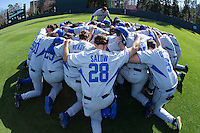 Kentucky Wildcats head coach Nick Mingione (27) leads his team in a prayer prior to the game against the North Carolina Tar Heels at Boshmer Stadium on February 17, 2017 in Chapel Hill, North Carolina.  The Tar Heels defeated the Wildcats 3-1.  (Brian Westerholt/Four Seam Images)